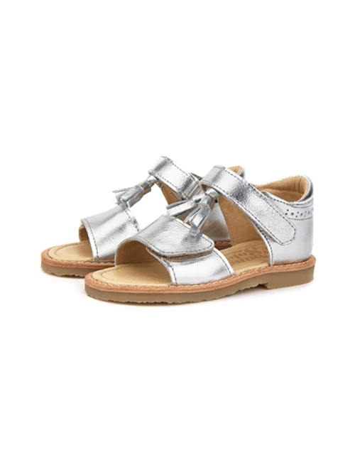 [YOUNG SOLES SHOE] Flo Tassel Sandal _ Silver Leather(벨크로타입)